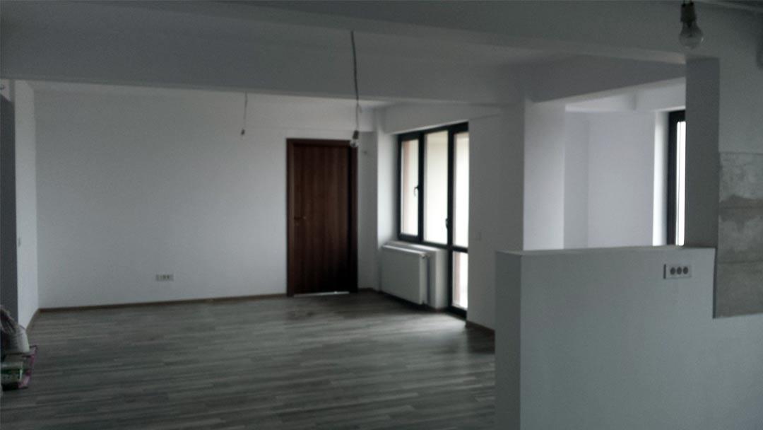 apartamente de vanzare